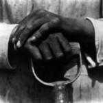 Tina Modotti, Mano che riposa su un attrezzo, 1927